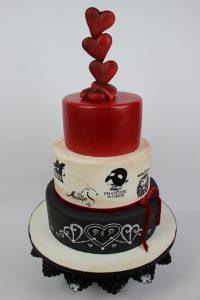 Hochzeitstorte In Rot Weiss Schwarz Mit Vielen Herzen Brigittes